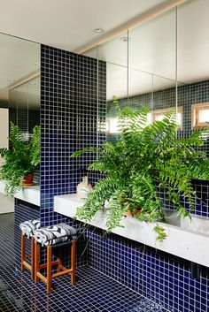 bold bathroom design