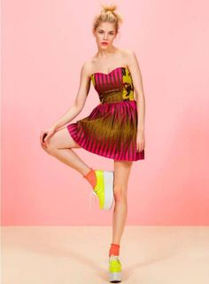 platforms + socks + patterns in bold colors = trendy trendy ♥