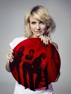 Cameron Diaz sporting a Comic Relief t-shirt. Hollywood A-listers also get in on the Red Nose Day fun. Red Nose Day, Cameron Diaz, Ever After, Feel Good, My Girl, Charity, Personality, Comic, Range