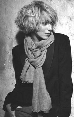 Ирина Гринёва в красивом шарфе :: обычное фото
