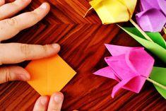 kunterbunte Origami Tulpen und das neue Kreativ durch den Monat Challenge Thema {DIY} http://herzanhirn.de/origami-tulpen-kreativ-durch-den-monat-challenge-diy/