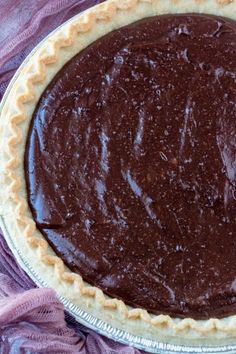 This Old Fashioned Chocolate Pie is a rich, creamy chocolate dream. It's made from scratch with only seven ingredients and ready in just minutes. Old Fashioned Chocolate Pie, Grandma's Chocolate Pie, Chocolate Pie With Pudding, Chocolate Pie Recipes, Homemade Chocolate, Fudge Pie Recipe With Cocoa, Homemade Pies, Easy Desserts, Dessert Recipes