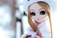 Hazel ♥   by Siniirr Elsa, Hello Kitty, Disney Characters, Fictional Characters, Disney Princess, Art, Art Background, Kunst, Performing Arts