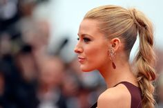 Braid is a Trending Hairstyle at Cannes Blake Lively in high ponytail braid at the Red Carpet during Cannes Film Festival 2014 Blake Lively Ponytail, Blake Lively Hair, Blake Lively Cannes, Party Hairstyles, Braided Hairstyles, Cool Hairstyles, Summer Hairstyles, Trending Hairstyles, Celebrity Hairstyles