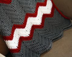 Crochet throw pattern chevron blanket colors