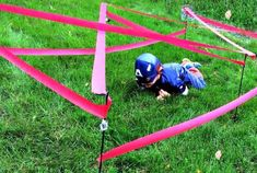 super cool and easy obstacle course as a party game - Geburtstag Superhelden - Ninja Birthday, Avengers Birthday, Batman Birthday, Superhero Birthday Party, Birthday Party Games, Superhero Party Games, Birthday Table, Sleepover Party, Super Hero Birthday
