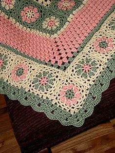 Christopher_baby_blanket_2b_small2