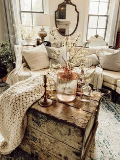 42 Incredible Living Room Design Ideas For Christmas Celebration Farmhouse Living Room celebration Christmas design ideas Incredible living room Cozy Living Rooms, Home Living Room, Living Room Designs, Living Room Furniture, Living Room Decor, Bedroom Decor, Cottage Style Living Room, Rustic Bedroom Design, Living Room Styles