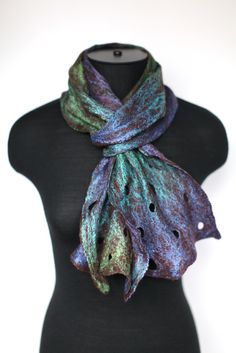 ***Till April 30 use MDSALE10 coupon code to receive 10% discount on your total purchase!    Absolutely weightless scarf perfectly suitable for
