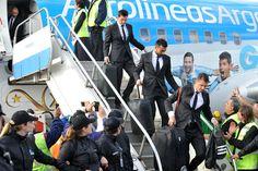La Selección argentina regresó al país, y fue recibida por Cristina Fernández -