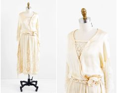 vintage 1910s wedding dress / 1920s wedding dress por RococoVintage, $1300.00