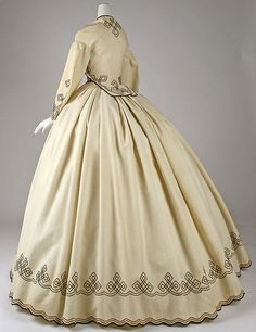 Promenade dress (image 5) | American |1862-64 | cotton | Metropolitan Museum of Art | Accession Number: C.I.60.6.11a, b