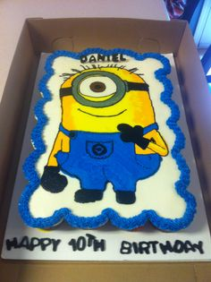 Minion cupcake cake, love despicable me so much!!!