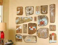 Driftwood Art Gallery Wall Idea: http://www.completely-coastal.com/2015/03/coastal-nautical-cool-gallery-wall-ideas.html