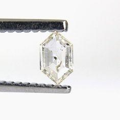 Diamond Color :Salt n Pepper Color. Diamond Weight Big-diamonds It's a Best Deal don't let it go Just Grab It ! Pepper Color, Rose Cut Diamond, Colored Diamonds, Clarity, Arrow Necklace, Boat, Shapes, Stone, Jewelry