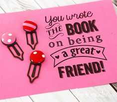 These covered button bookmarks are super simple to make attach the free printable and they make a perfect gift! www.skiptomylou.org #handmadegifts #bookmarks #giftideas