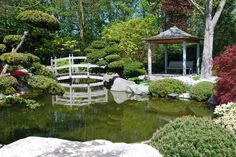 Small pavilion overlooking pond