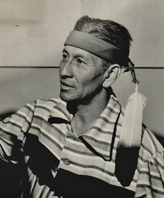 CHEROKEE MAN , 1951 Native American Indians, Native Americans, Cherokee History, Native Art, Old Photos, Nativity, Oc, Characters, People