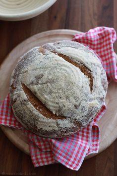 Ciemny żytni chleb śląski