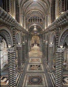 Piso del Duomo de Siena, Italia.