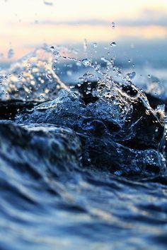 Deniz bu belli olmaz, huyunu seveyim. #sea #water #blue