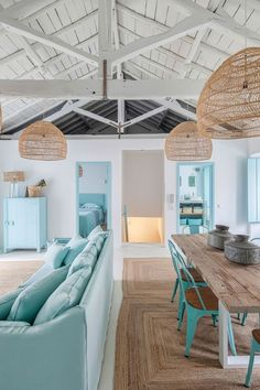 77 Chic Beach House Interior Design Ideas And Decorations Beach House Tour, Dream Beach Houses, Beach House Decor, Home Decor, Small Beach Houses, Beach House Furniture, Cottage Furniture, Home Design, Home Interior Design