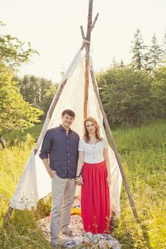TeePee engagement shoot {Jagge rphotography}