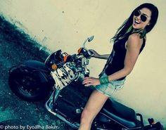 Aliyah O'Brien + motorcycle (c) Eyoalha Baker