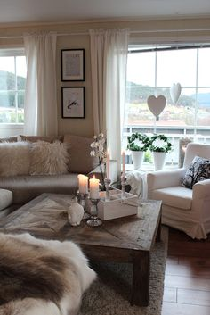 Wohnzimmer / Flur Living Room Decorating Ideas Cream Couch How Garden Art Creates Your Pe Cozy Living Rooms, My Living Room, Home And Living, Living Room Furniture, Living Room Decor, Taupe Living Room, Modern Living, Diy Furniture, Living Room Inspiration