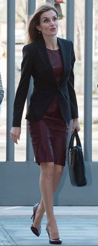 25 Feb 2015 - Queen Letizia attends Royal Board meeting on disability. Click to read more.