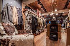 Jacob Cohen flagship store by Area-17, Courchevel – France