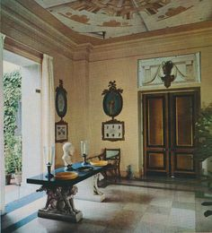Villa Fiorentina; painted ceiling by Martin Battersby The Peak of Chic®: Your Decorating Horoscope