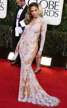 JLo at the Golden Globes. This dress was perfect for her and so pretty :)