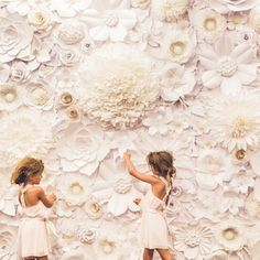 diy handmade paper flower wall | image via: the perfect palette