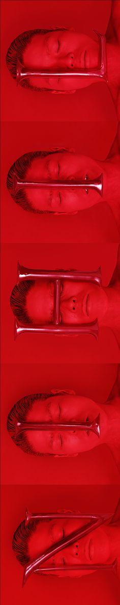 "#Nihil ""17 Tombeau"" (MURANO BLOWN GLASS LETTERS series 2003-2009 self-portait detail) par Kimiko Yoshida, 2005."