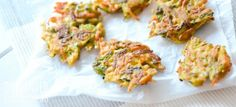Pick 'n' Mix Vegetable Shreddies - One Handed Cooks egg, 2 tbs flour, 2 coups shredded veggies) Baby Snacks, Toddler Snacks, Baby Led Weaning, Baby Food Recipes, Cooking Recipes, Toddler Recipes, Veggie Recipes, Healthy Eating Pyramid, One Handed Cooks