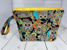 Owl project bag Knitting project bag Crochet project bag Yarn travel tote Yarn pouch Owl gadget bag Yarn storage bag Owl fabric bag Gift bag by TheBaggLadies on Etsy
