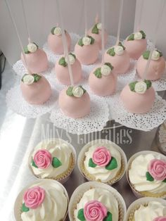 Shabby chic cake pops and Cupcakes