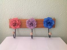 Cabideiro 3 ganchos Com Flores coloridas 40 cm - Sonharteira - decoração de ambientes