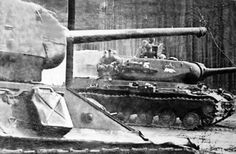 Early T-34-85 from No. 112 Plant and late production IS-2.