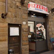 Pizza and calzone you won't forget. Be aware Pizzeria Spera isn't open at lunch. They open in the evenings, at 7 pm. Closed on Mondays. Firenze Italy, Calzone, Good Pizza, Mondays, Tuscany, Florence, Forget, Lunch, Vacation