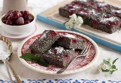 13 szaftos tésztájú, cukkinis süti Cake Cookies, Paleo, Food And Drink, Pudding, Beef, Snacks, Ethnic Recipes, Poppy, Kitchen