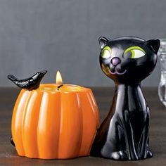 Halloween Diva Cat Tealight Holder by PartyLite® Candles. More decor ideas here : http://www.partylite.biz/legacy/sites/nikkihendrix/productcatalog?page=productdetail&sku=P91686&categoryId=55408&showCrumbs=true