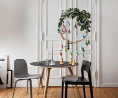 CHRISTMAS 2015 with @welikemondays, PHOTO: ANNE DEPPE / 330 Chair by THONET , VISU Chair by MUUTO, MEYER table by OBJEKTE UNSERER TAGE