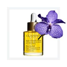 The Clarins Blue Orchid Face Treatment Oil is a targeted treatment for dehydrated skin that tones, revitalises and restores radiance to moisture-depleted skin. Utilising the principles of aromatherapy and phytotherapy, the moisture care face oil combines plant extracts and essential oils to help balance the skin. Made from 100% pure plant extracts, this best-selling face oil contains extracts of Rosewood, Patchouli and Blue Orchid. Added Hazelnut Oil helps prevent moisture loss and the…