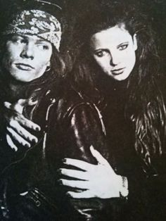 """Axel Rose """"Sweet Child of Mine"""" (Guns n' Roses). Memorable riff by Slash. http://emma-graveling-musicvid.blogspot.com/2010/09/guns-n-roses-sweet-child-o-mine.html"""