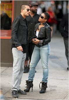 Janet Jackson!!!! Love the jeans & jacket