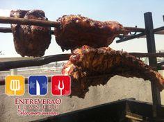 Seguimos llevando el sabor del llano al DF, Carne asada en Vara  y su sabor...  Deliciosamente venezolano! Carne Asada, Outdoor Cooking, Tandoori Chicken, Meat, Ethnic Recipes, Beautiful, Food, Dawn, Venezuela