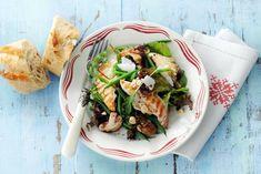 Kijk wat een lekker recept ik heb gevonden op Allerhande! Salade met gegrilde kip en hazelnootolie