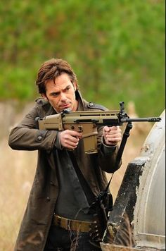 Billy Burke as Miles Matheson from Revolution Series Movies, Movies And Tv Shows, Revolution Tv Show, Billy Burke, Fantasy Male, Film Serie, End Of The World, Attractive Men, Best Shows Ever